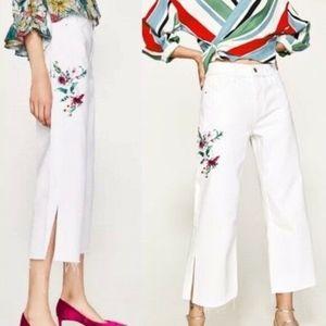 Zara Women's Wide leg Embroider Jeans 4 New ✨✨